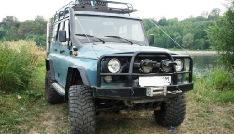 Тюнингованый УАЗ Hunter на базе модели УАЗ-469