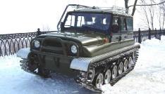 Вездеход амфибия ЗВМ-2410 Ухтыш на снегу