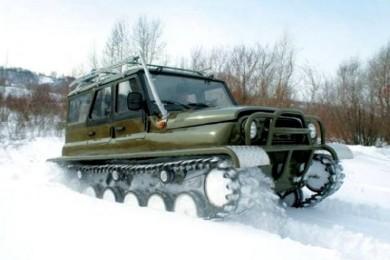 Зимой вездеход Ухтыш очень хорошо зарекомендовал себя в наиболее сложных условиях