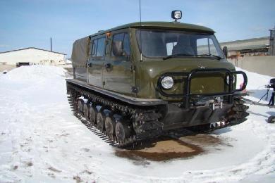 Вездеход Узола на снегу готов к эксплуатации